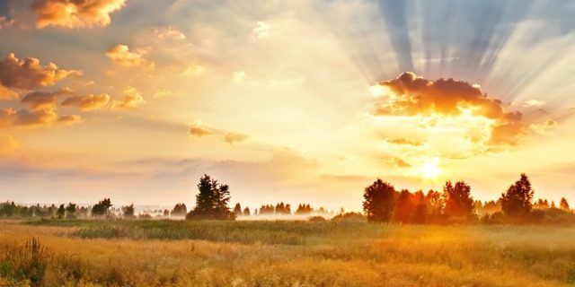 Kalnuotes zemeje saules sutikimas